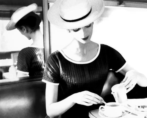 caf;e com mulher