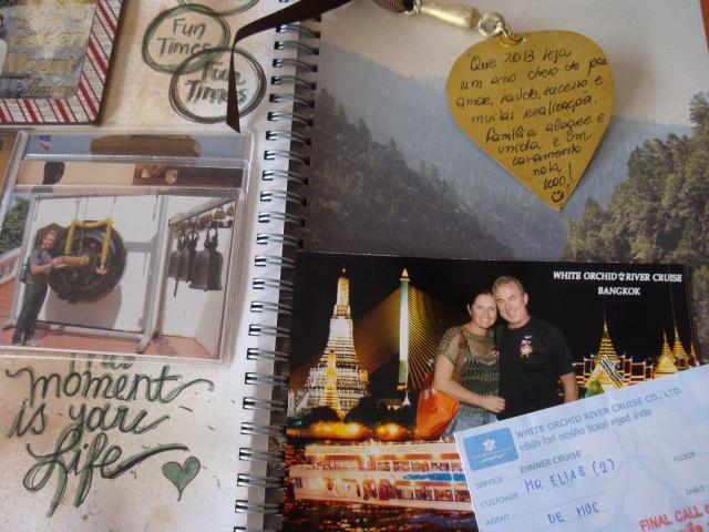 Página em criação. Foto + ingresso + pêndulo do Sino de Buda com meus desejos para 2013.