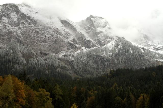 Na base do ponto mais alto da Alemanha, o Zugspitze