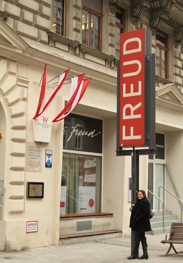 Muita emoção ao visitar o museu de Freud, Viena.