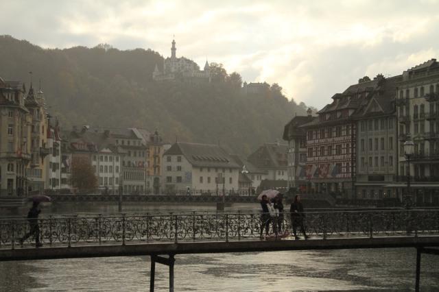 Entardecer primoroso na passagem por Luzern.